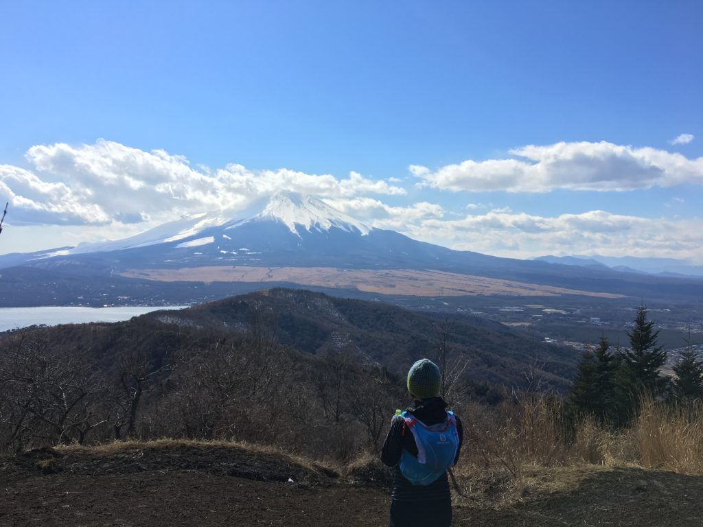石割山山頂からの富士山眺望