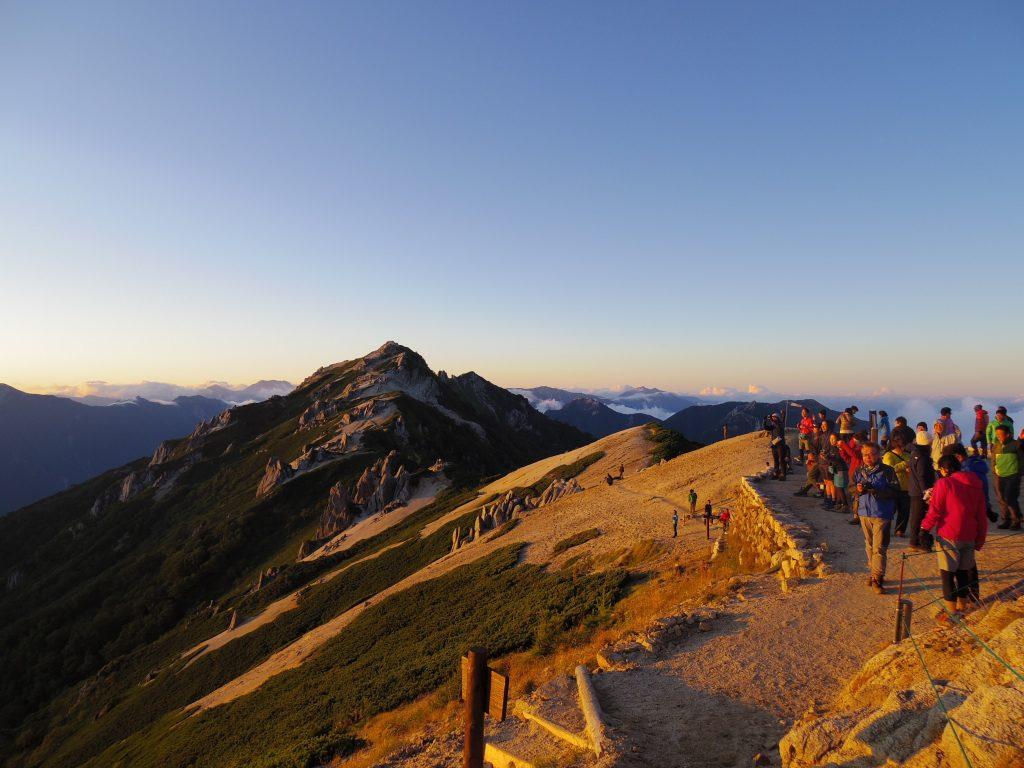 燕岳と夕日