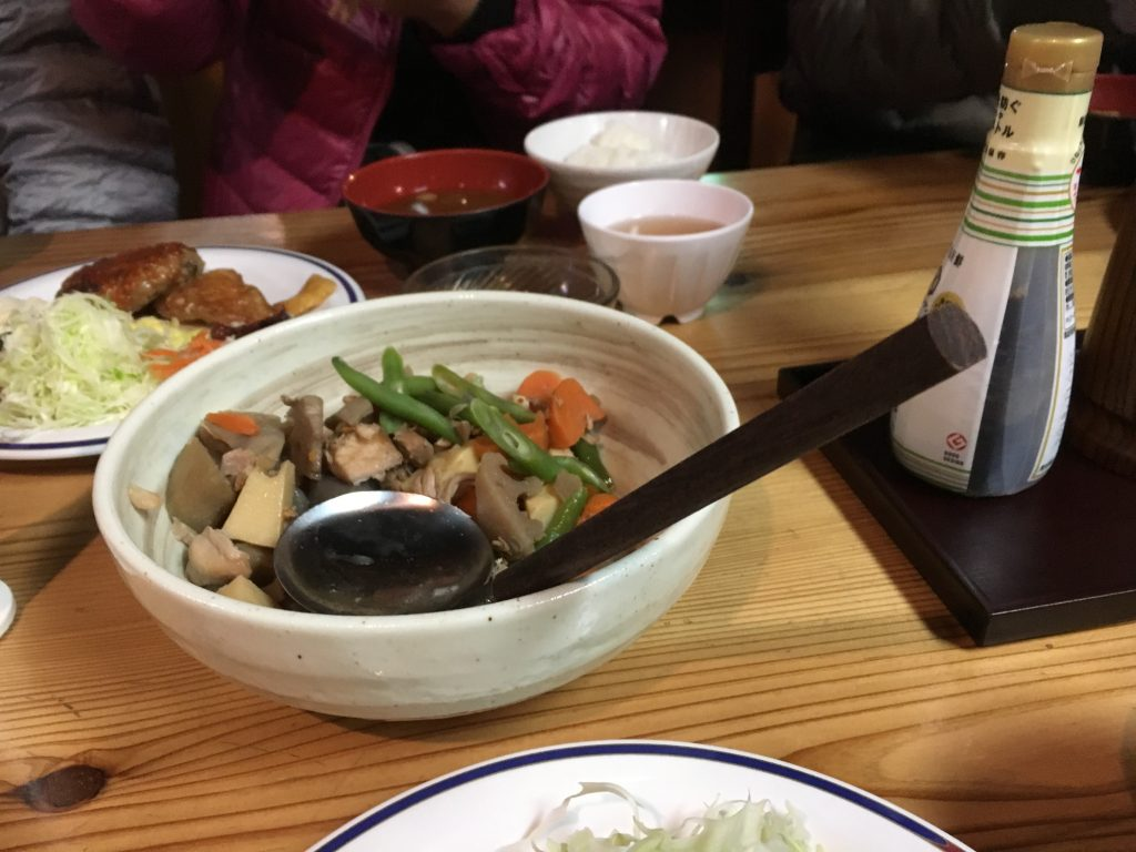 燕山荘の夕食筑前煮