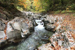 中津川渓谷の岩