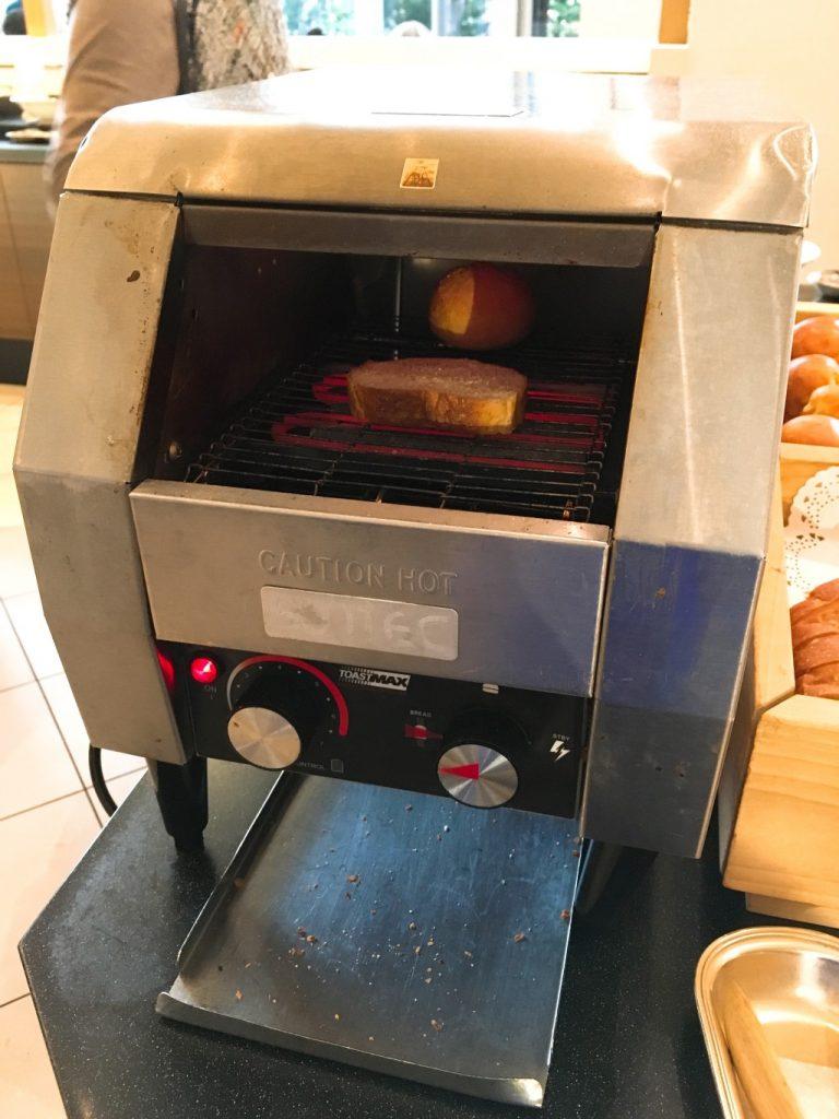 自動パン焼き器