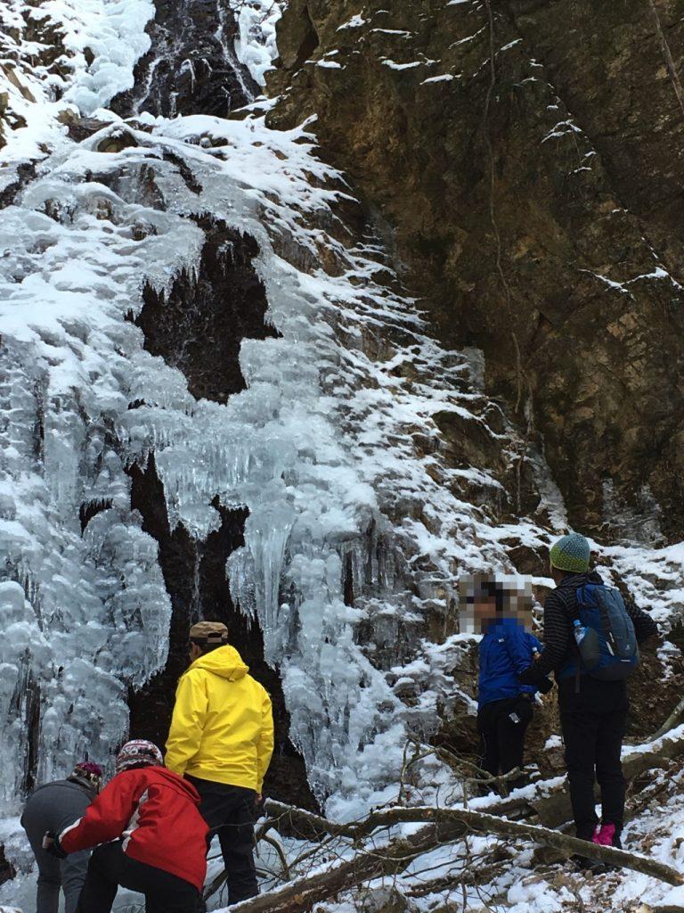 似位滝の氷柱
