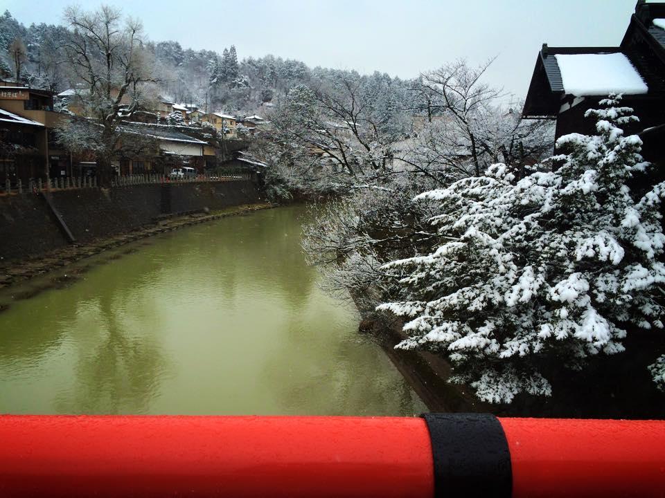 中橋から宮川を望む