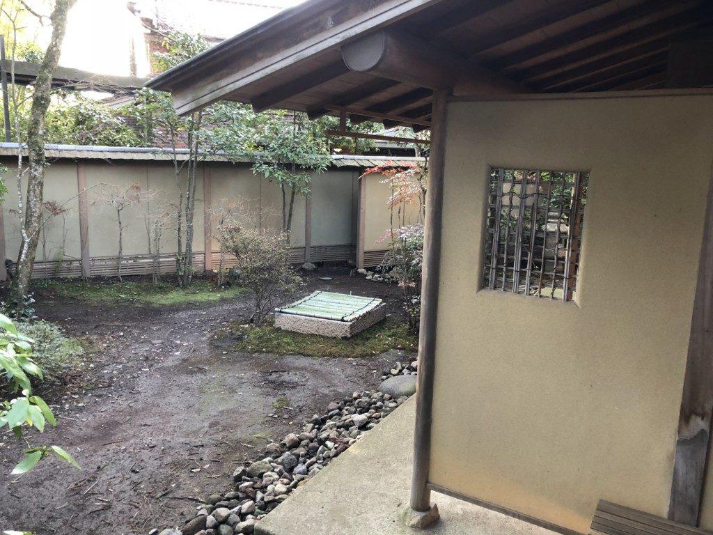 庭にある井戸