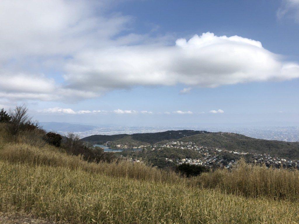東お多福山と奥池