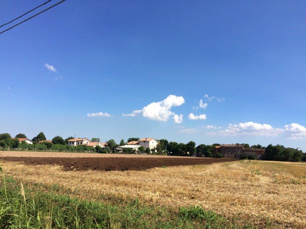 イタリアの青い空
