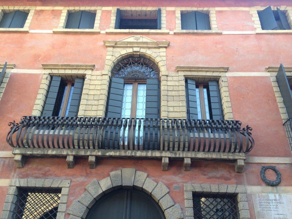 イタリアの建物