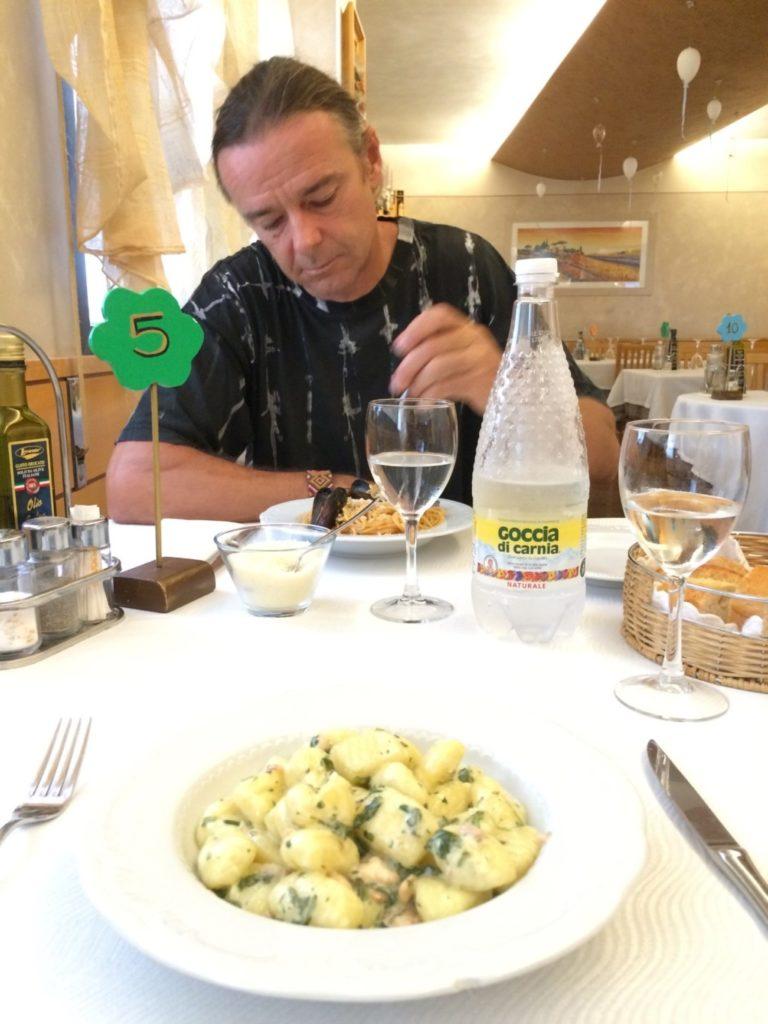 イタリアカジュアルレストラン