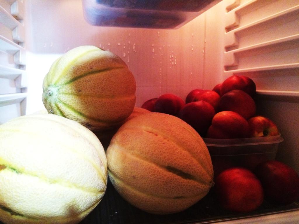 冷蔵庫とメロン