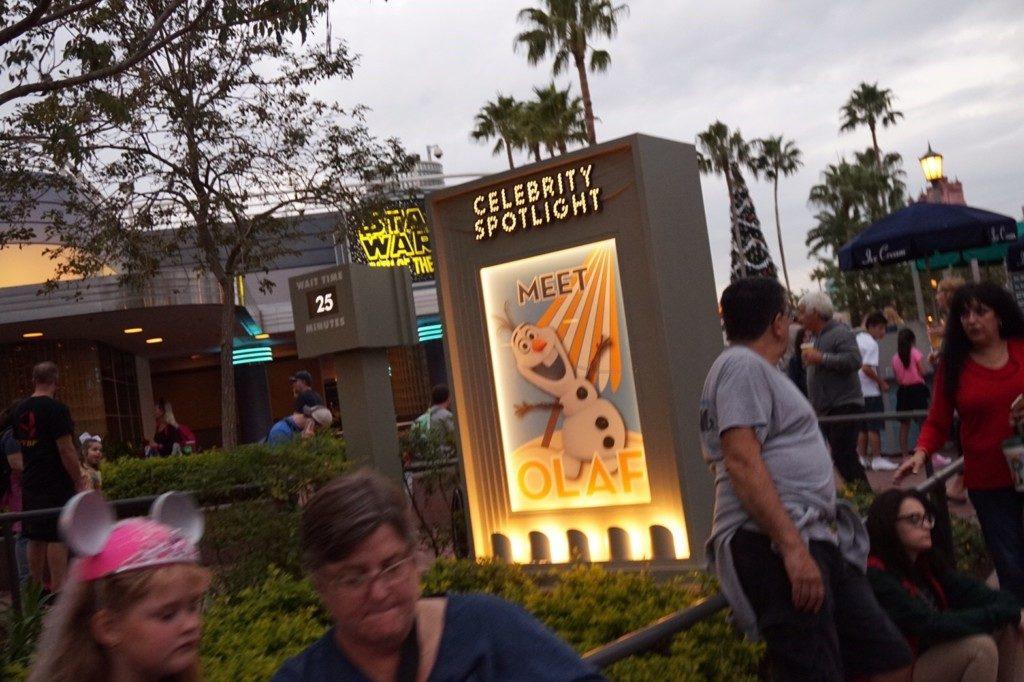 ハリウッドスタジオパーク内のオラフ