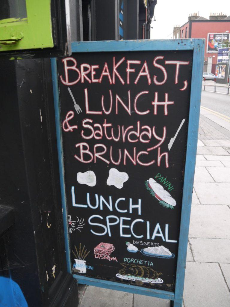 アイルランドのお店の看板