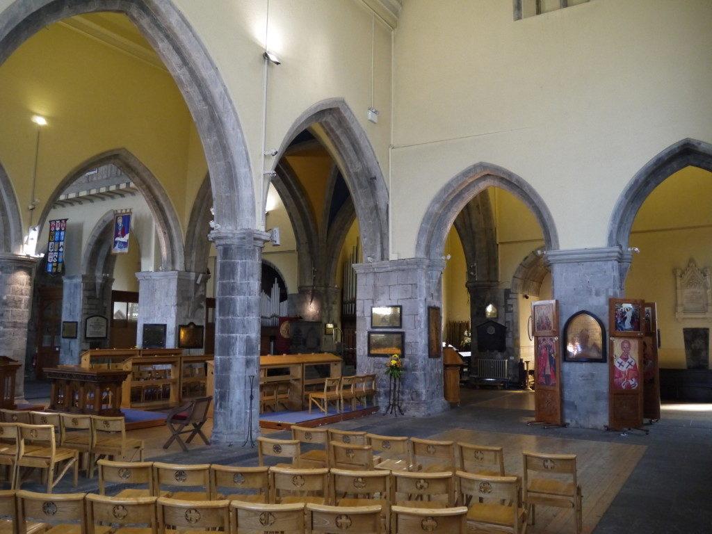 聖ニコラス教会内部