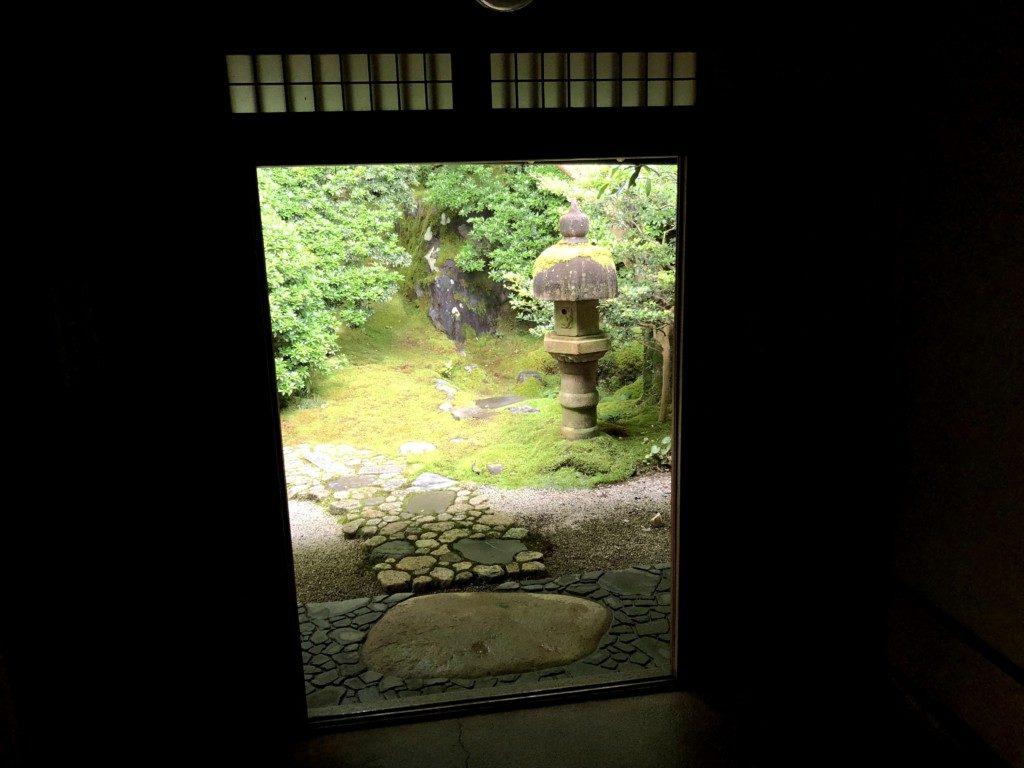 瑠璃光院玄関