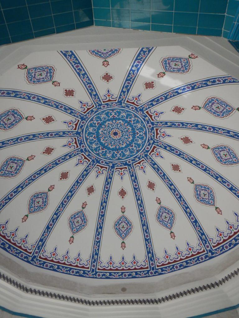 足洗い場の天井