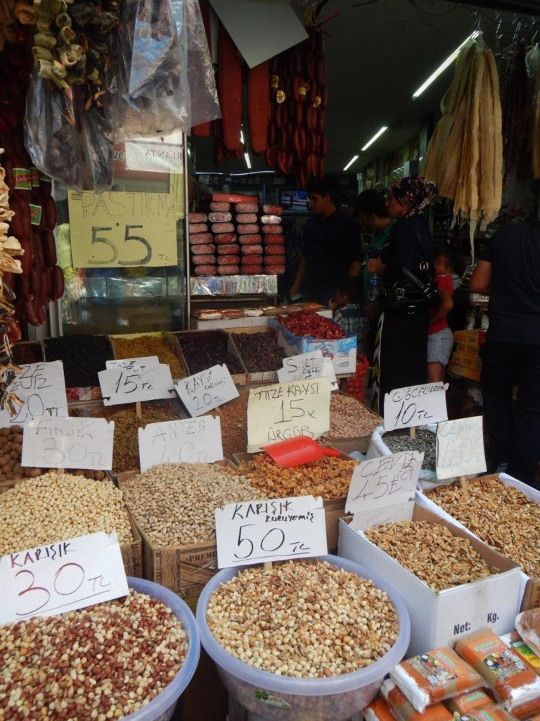 量り売りのトルコナッツ