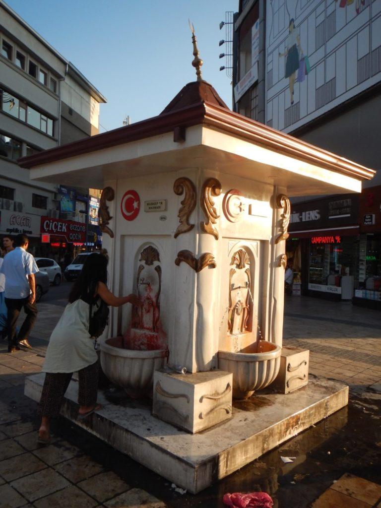 街の水飲み場