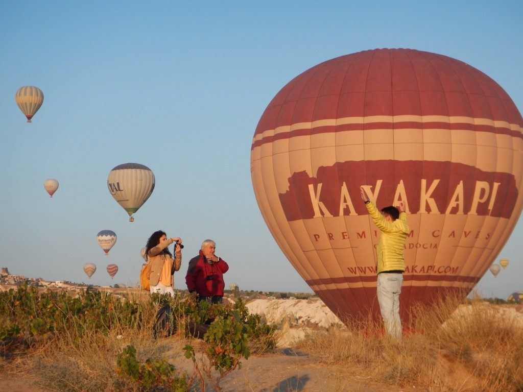 気球ツアー会社