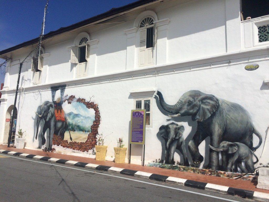 象の壁画その2
