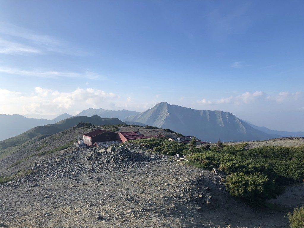 蝶ヶ岳山頂から常念岳