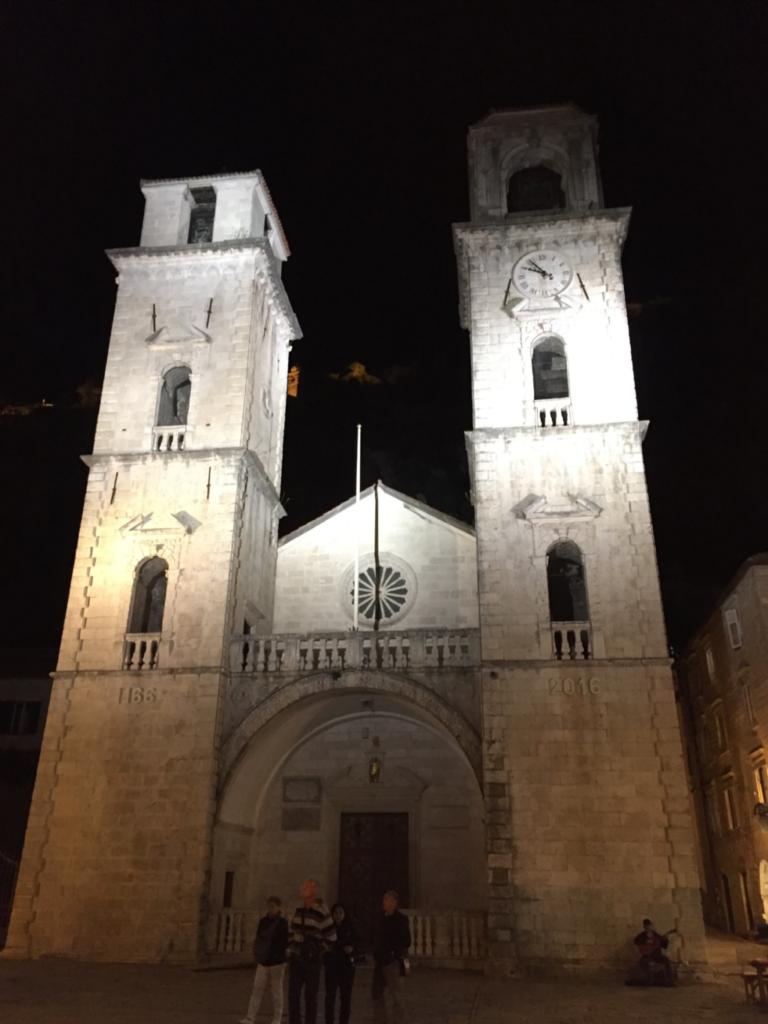 トリプン教会