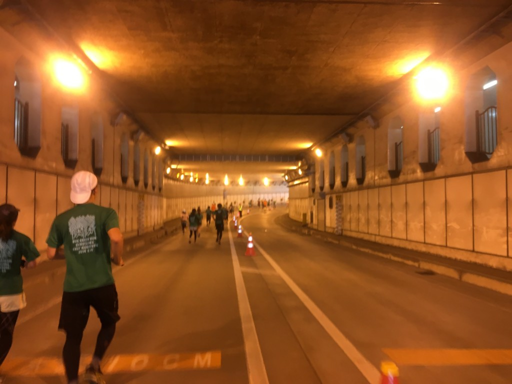 トンネルのコース