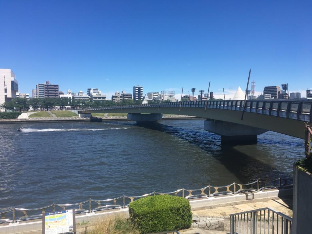 桜橋の手前